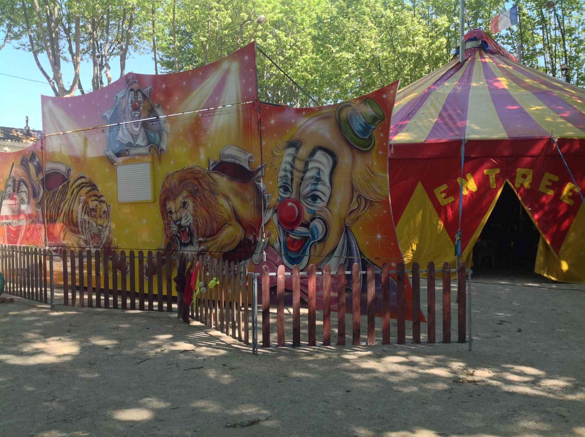 Un petit cirque exprès pour votre après midi ludique.